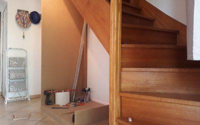Placard sous un escalier